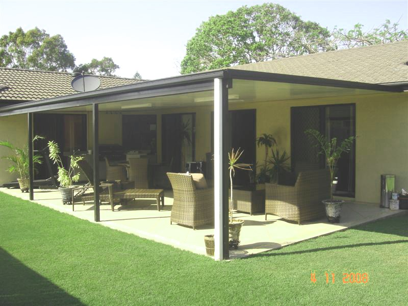 Summer Months In Queensland The Sun Heats Patio Awnings To Temperatures Over 65 Degress Common Forms Of Roofing Is Steel Which Allows Up Three