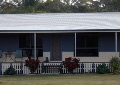 country-homestead-1200